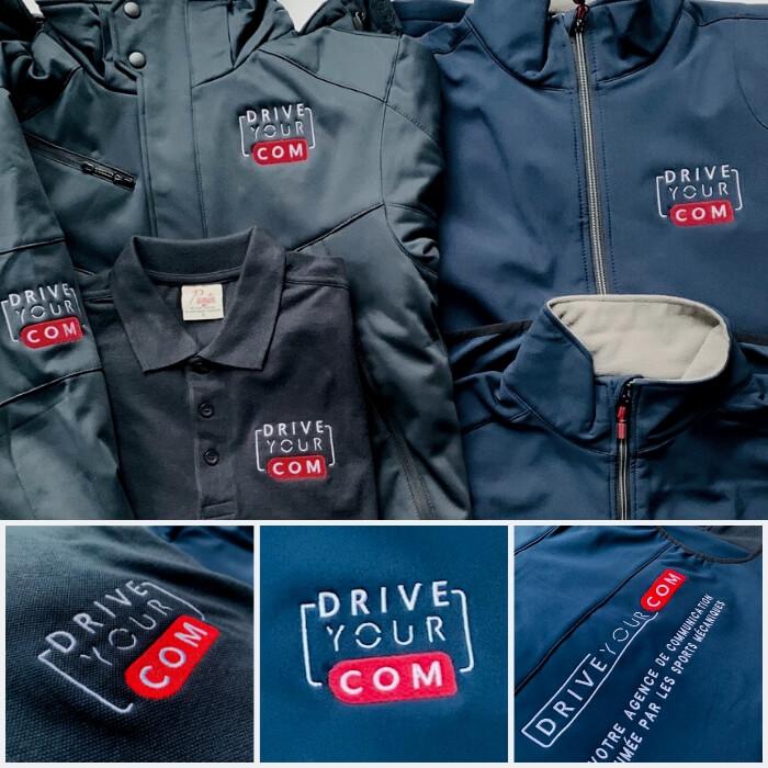 Brdoerie du logo Drive your come sur divers vêtements